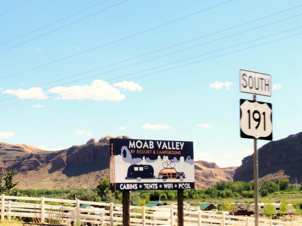 Moab valley panneau (2)
